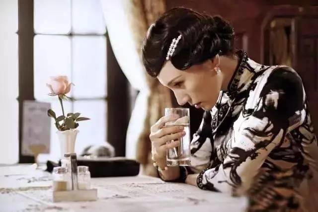 拍摄旗袍美照的小技巧,你知道吗?-旗袍论坛